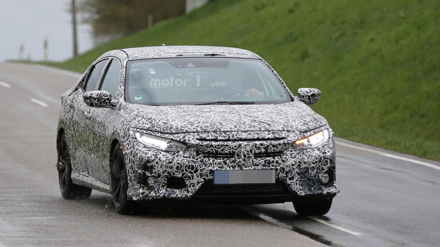 Honda Civic Hatchback spy photos