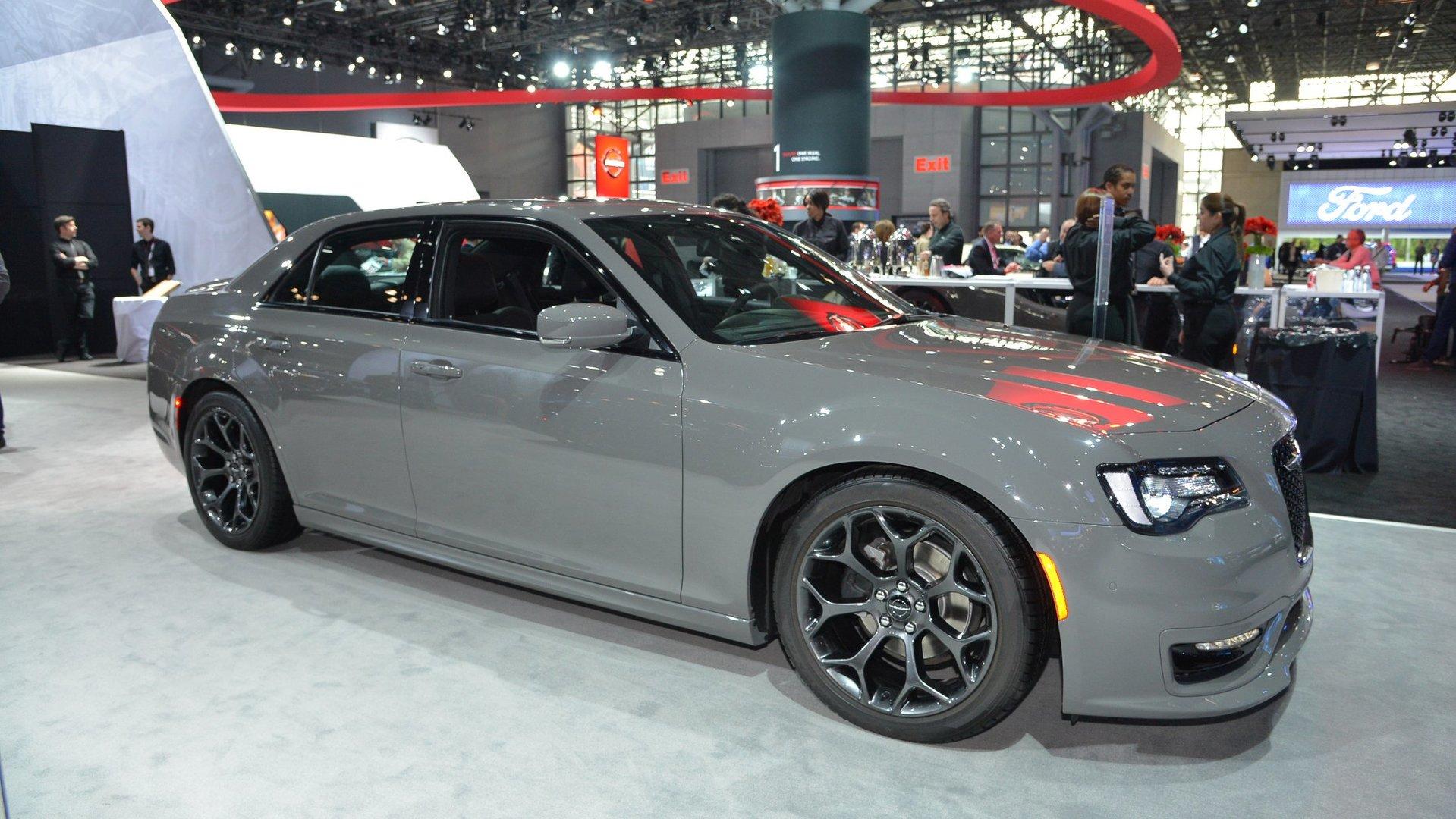 2021 Chrysler 300 Srt8 Redesign and Concept