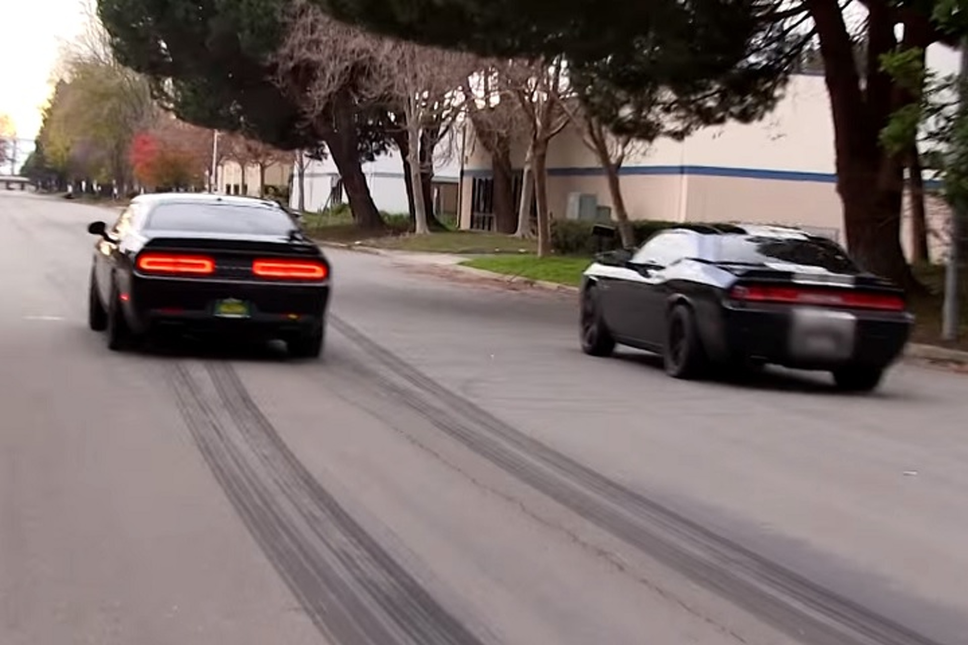 Who Will Win Dodge Challenger Hellcat Or Nitrous Powered Challenger
