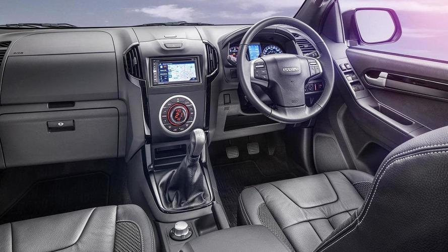 2015 Isuzu D-Max Blade unveiled