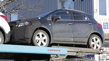 2016 Opel Mokka facelift spy photo