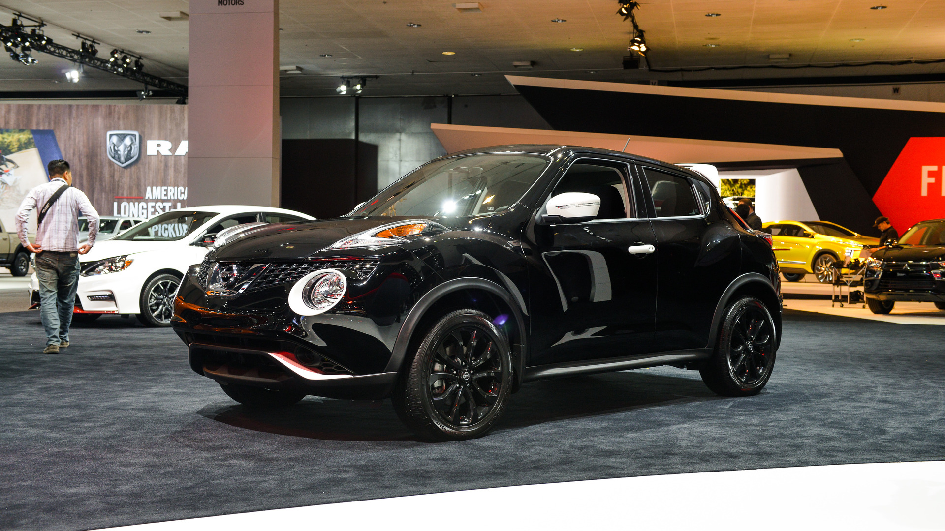 Nissan Juke Crossover 2017 >> 2017 Nissan Juke Black Pearl Is A Limited Run Compact Crossover