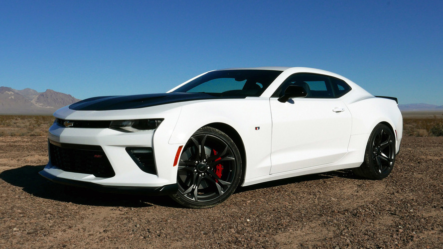 2017 Chevy Camaro 1LE First Drive: Set lap records on a budget