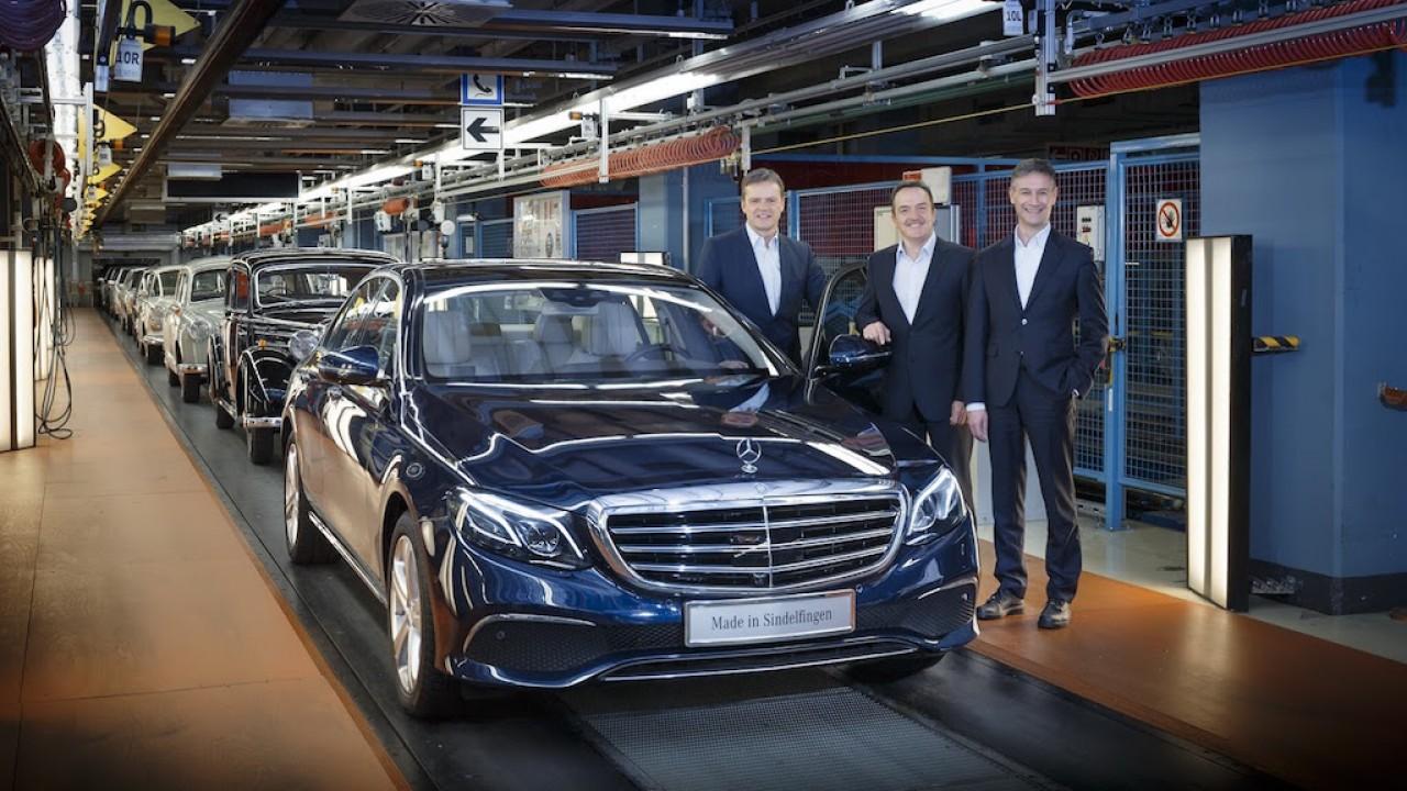 Mercedes inicia produção da nova geração do Classe E na Alemanha