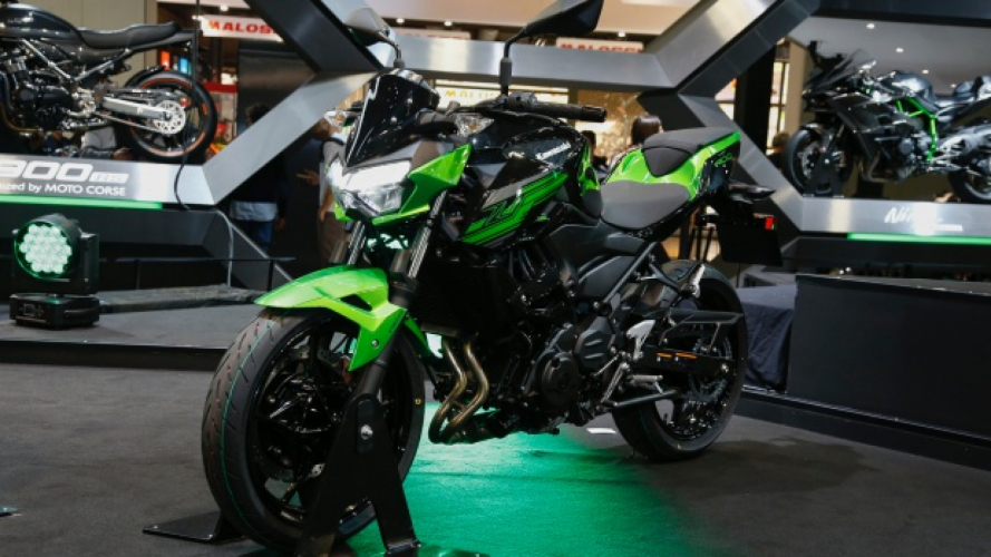 Kawasaki Z400: piccole naked crescono