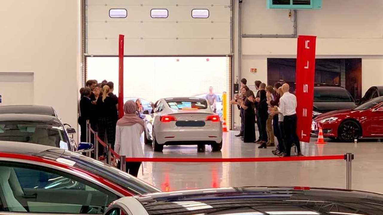 First Tesla Model 3 in UK (Source: EV News Daily)