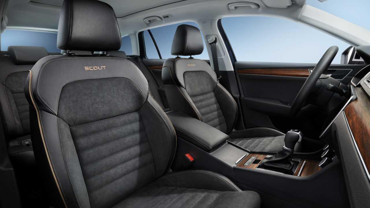 2020 Skoda Superb Facelift Goes Official With Plug-In Hybrid