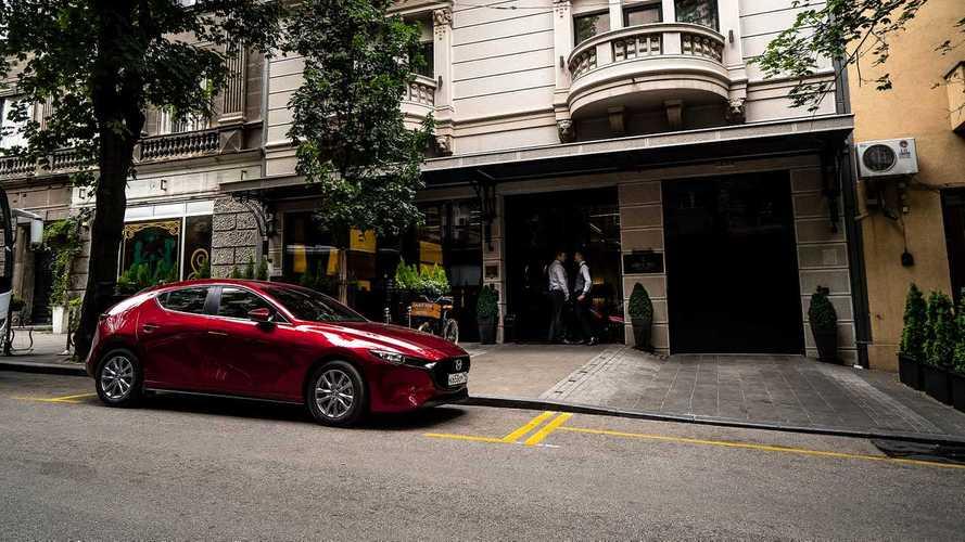 «Третья» Mazda может обзавестись турбомотором