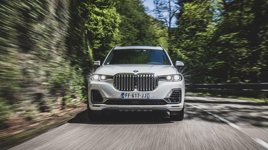 Elképesztő mennyiségű extrát kapnak a BMW X5, X6 és X7-vásárlók