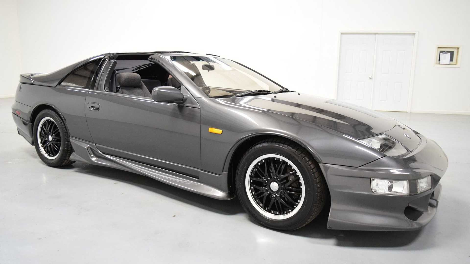 """[""""Check Out This Freshly Imported Low-Mile 1989 Nissan 300ZX Turbo""""]"""