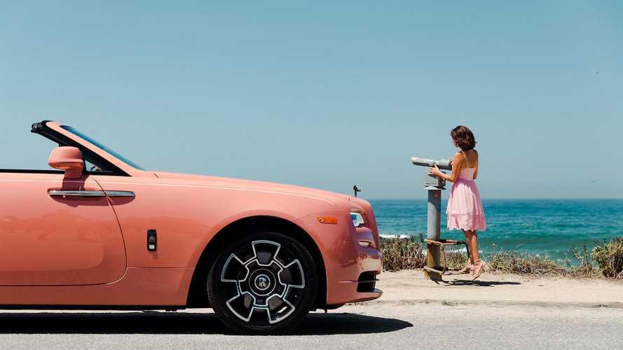 Rolls-Royce, pastel renkli modelleriyle büyüledi