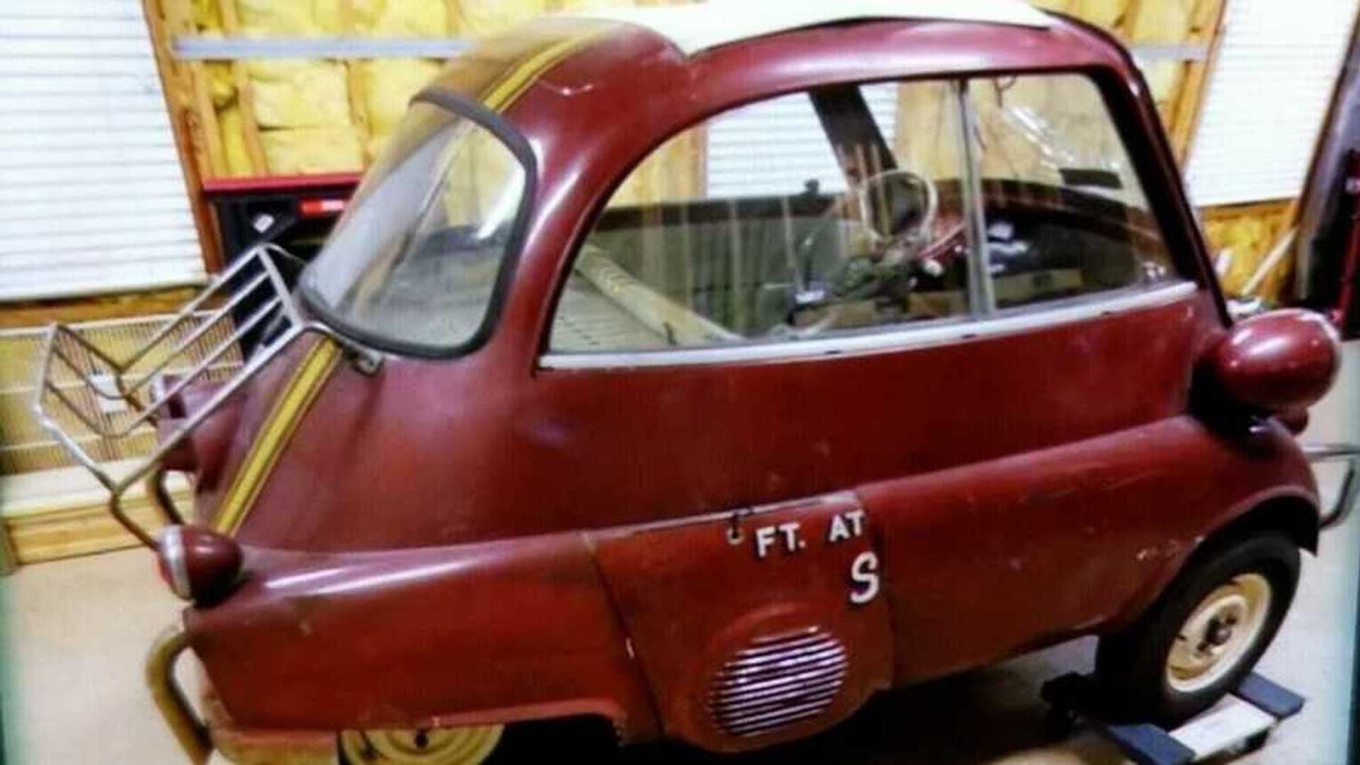 "[""1959 BMW Isetta 300 Is A Three-Wheel Wonder""]"