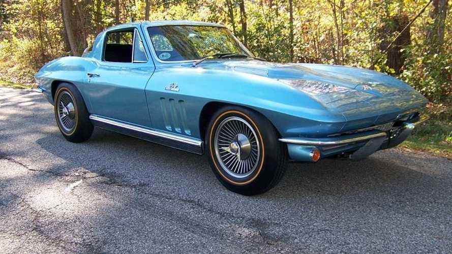 Big Tank 1966 Corvette Sparks Bidding Frenzy At Auction