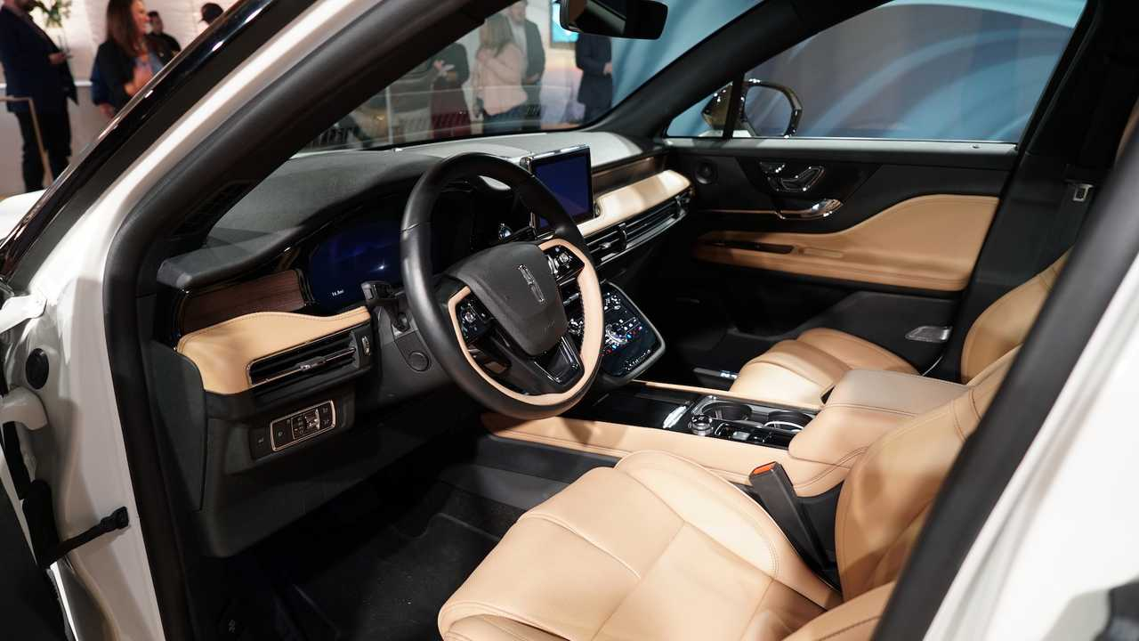 Most Expensive 2020 Lincoln Corsair Costs 60 660