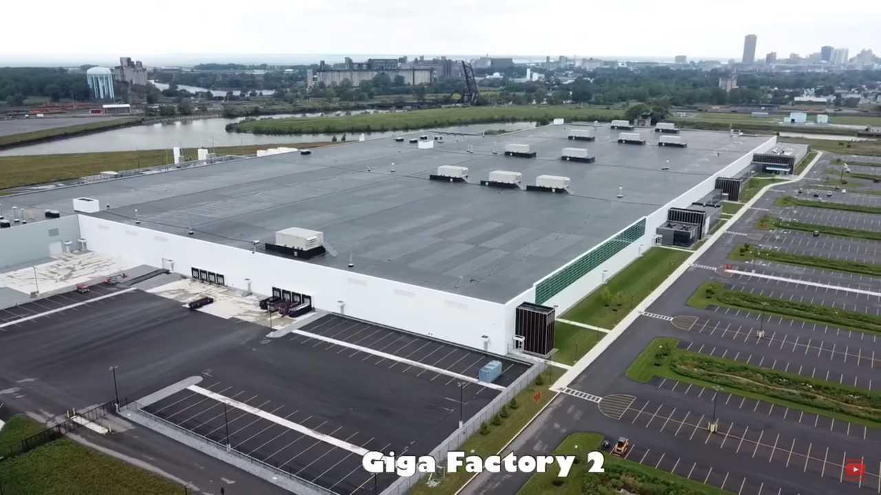 Tesla Pressured To Create Jobs At Solar Gigafactory