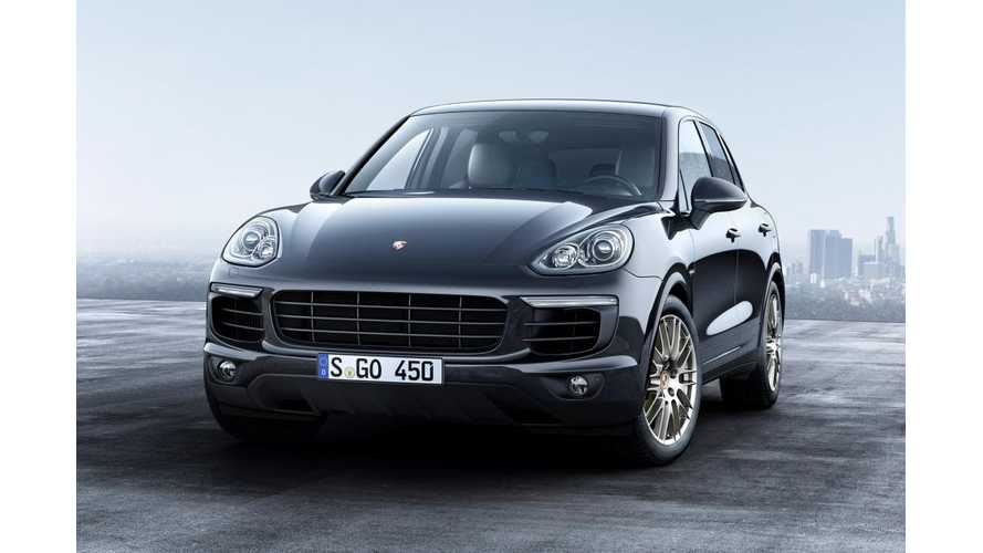 Pure Electric Porsche Cayenne Spotted Testing