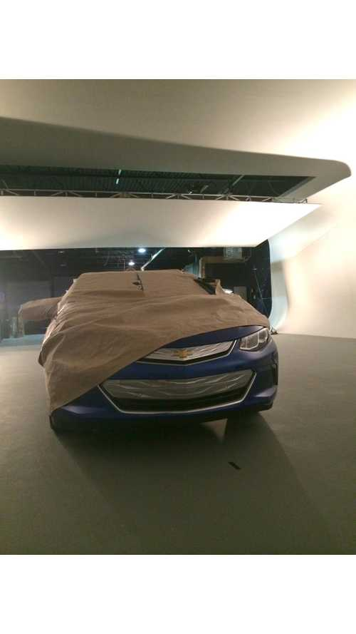 Chevrolet Provides One More Sneak Peek At 2016 Volt