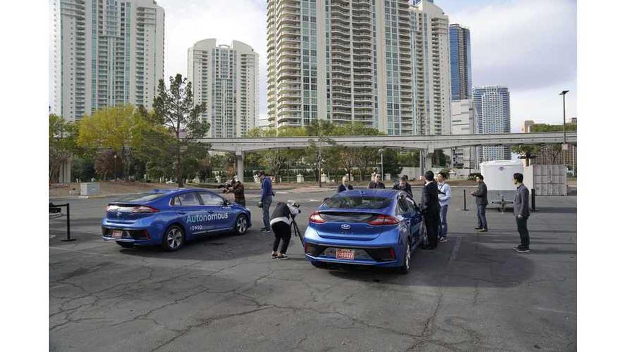 Hyundai IONIQ Hybrid Squares Off Against IONIQ Electric - Video