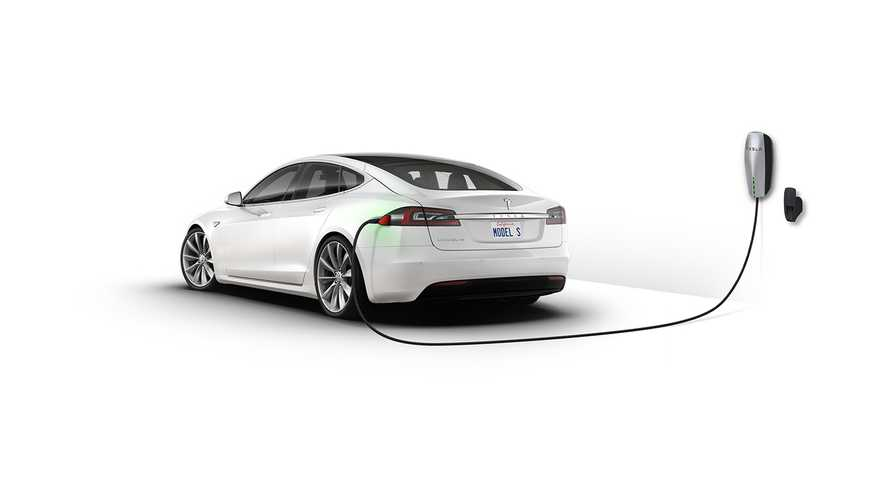 Tesla Is Proving That Electric Cars Make More Sense Than Fuel-Cell Vehicles