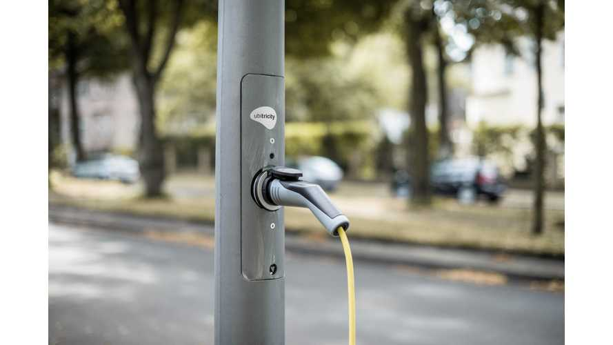 UK Will Require EV Chargers At Newly Built Homes, Lampost Chargers Too