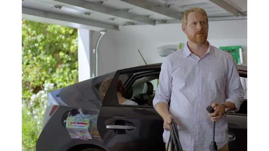 Toyota Prius Plug-In Hybrid Offers Choice Of Plugging In Or Not - Toyota Commercial