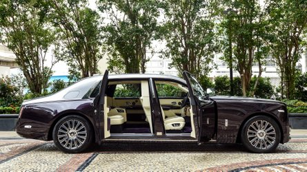 Rolls Royce Phantom With Rear Seat Isolation Room Delivered