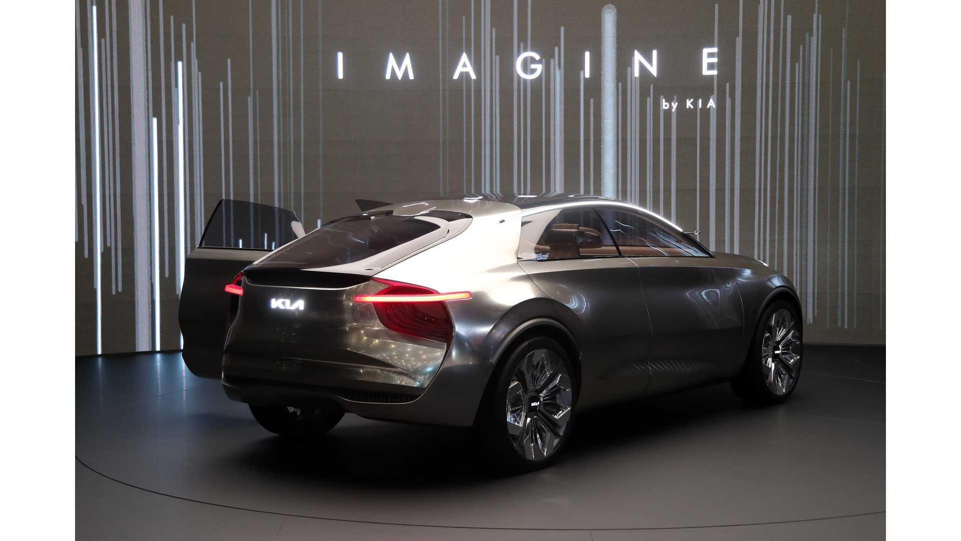 https://cdn.motor1.com/images/mgl/jJzNe/s6/kia-imagine-concept.jpg