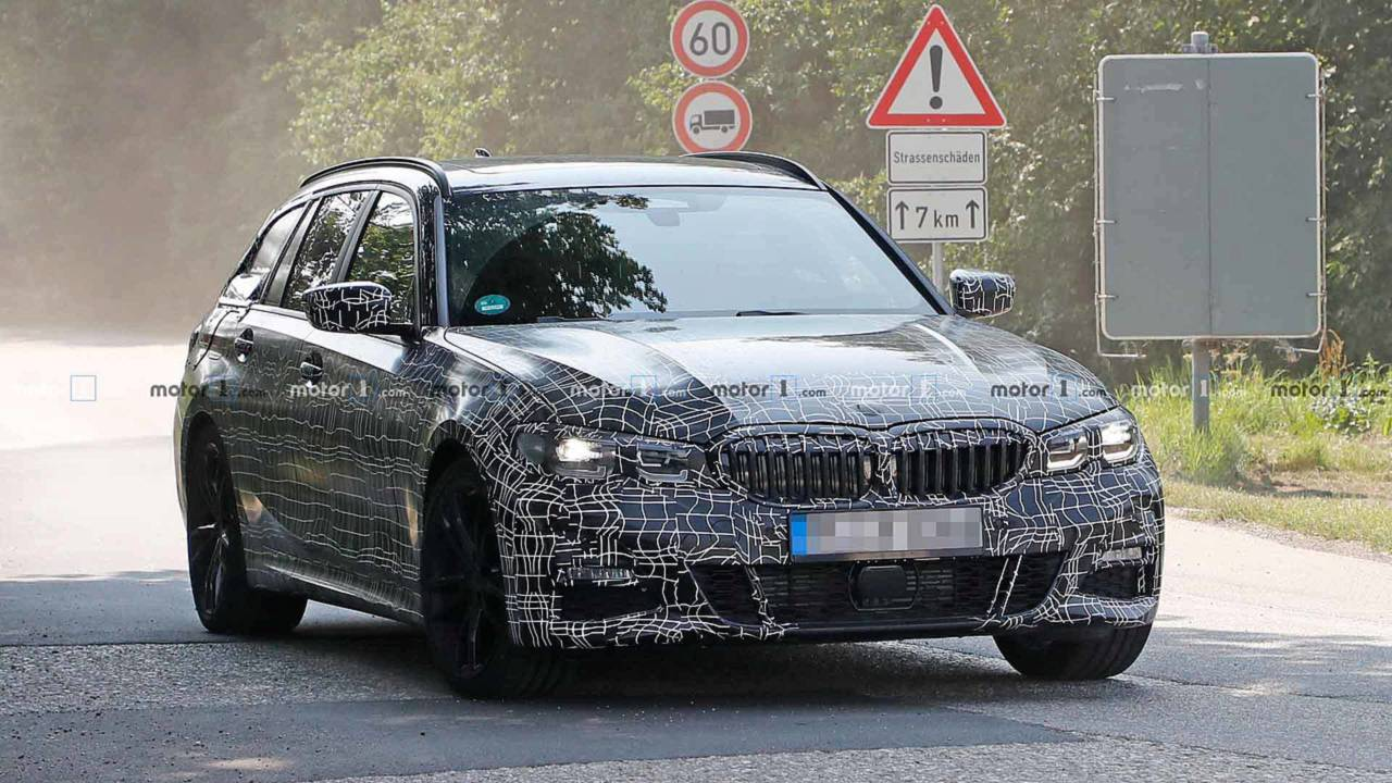 BMW 3 Series Sports Wagon Spy Photos