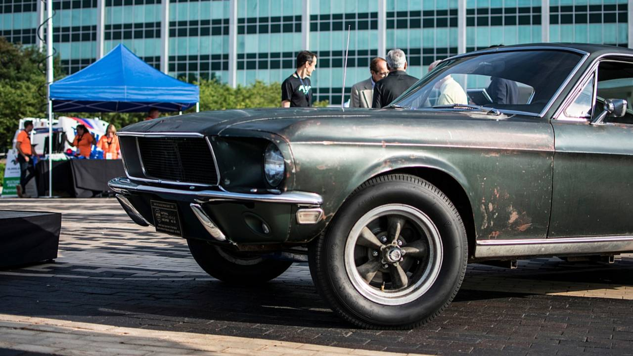 10 Millionth Ford Mustang Rolls Off The Flat Rock Production