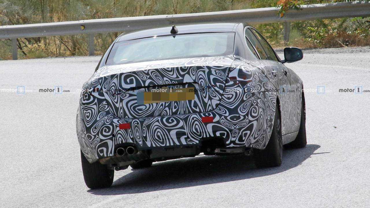 Jaguar XE Facelift Spy Photo
