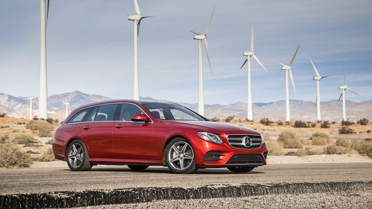 Large Luxury Car: Mercedes-Benz E400 4Matic Wagon