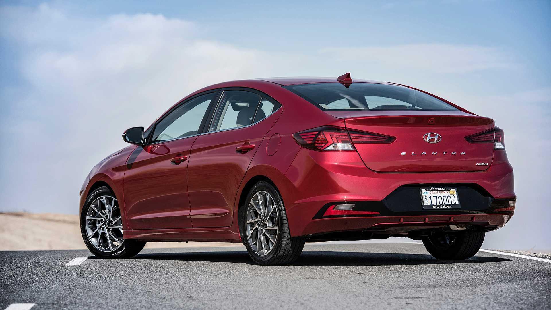 2019 Hyundai Elantra First Drive Safer Sharper Sedanier