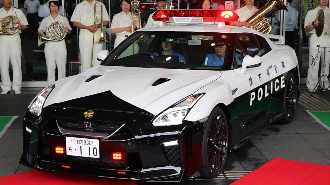 Nissan GT-R (Japan)