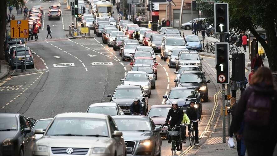 Third of drivers use cars for walking-distance journeys