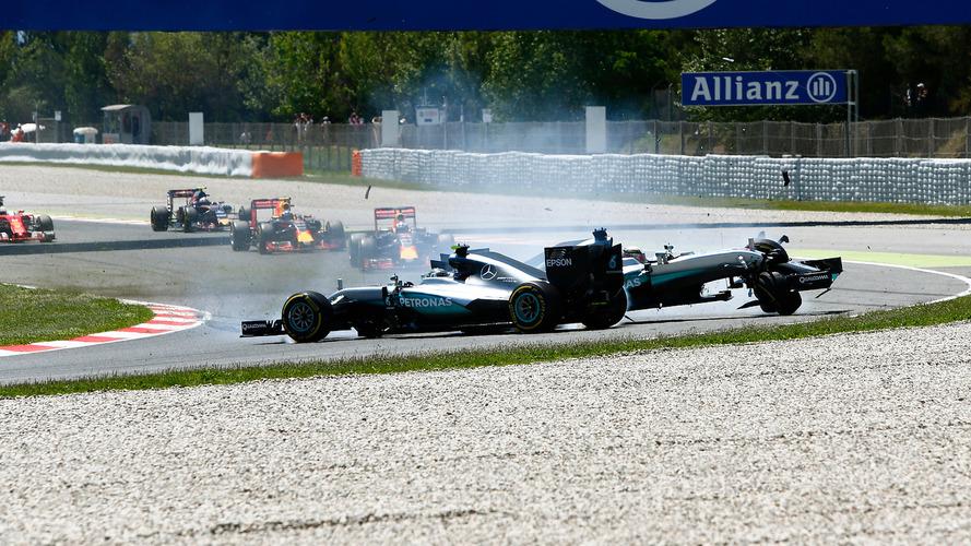 "Rosberg: ""Fiquei mais agressivo porque Hamilton me esmagava"""
