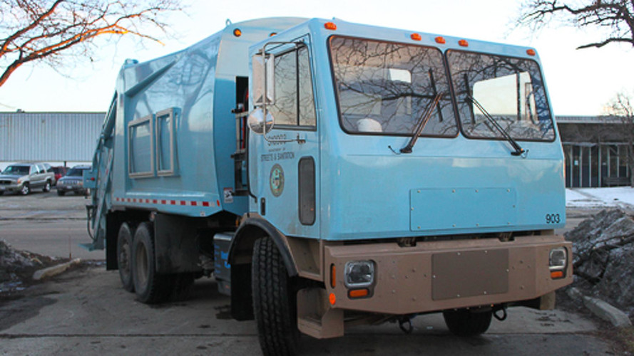 First Electric Garbage Truck Goes Into Operation In California