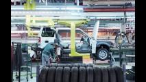 Land Rover comemora 1 milhão de unidades produzidas do Discovery com expedição à China