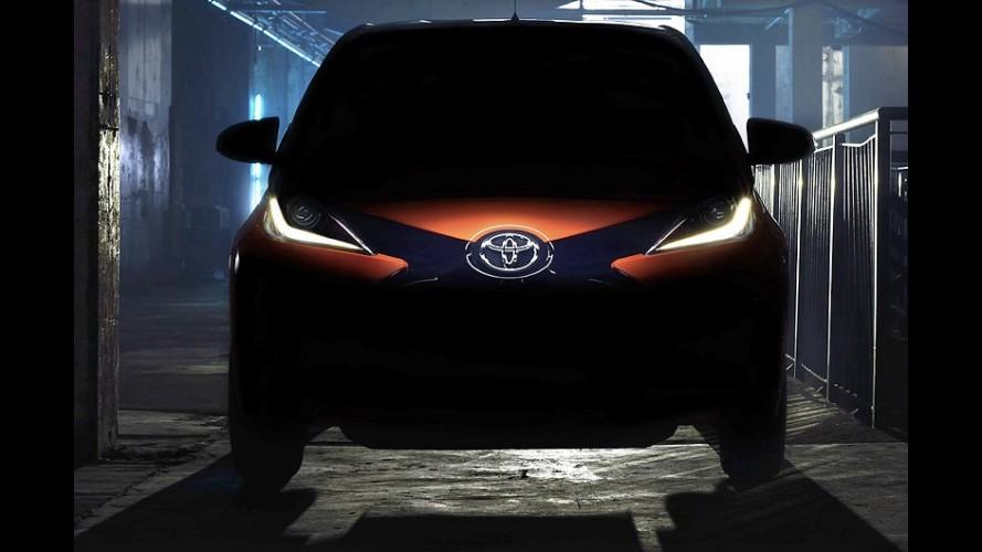 Irmão japonês do novo Peugeot 108, Toyota Aygo ganha primeiro teaser