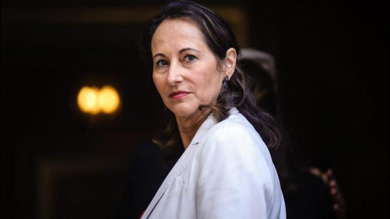 [Copertina] - Scandalo emissioni, Mercedes e Opel in udienza il 28 gennaio