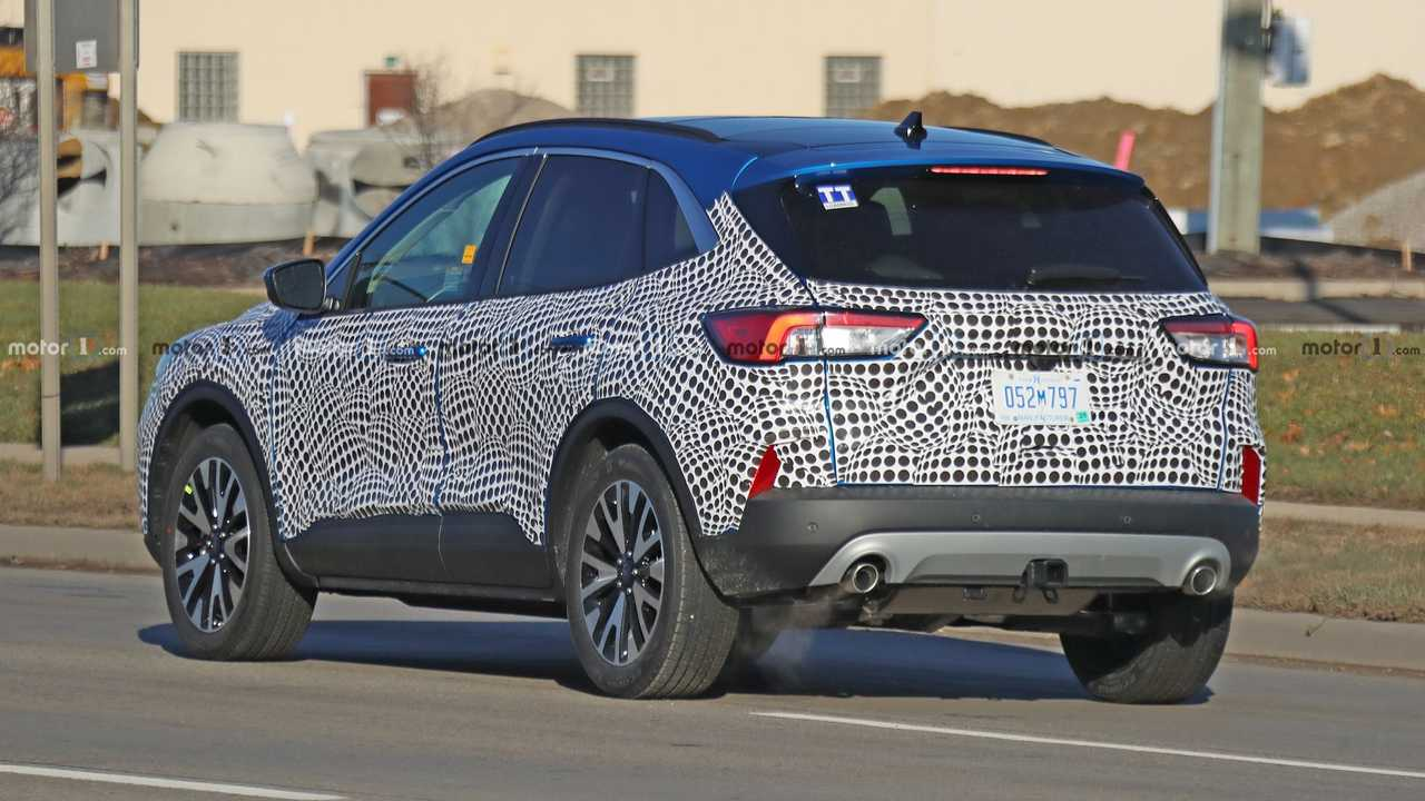 2020 Ford Escape Spy Photos, Pictures, Interior >> 2020 Ford Escape Spied With Little Camo