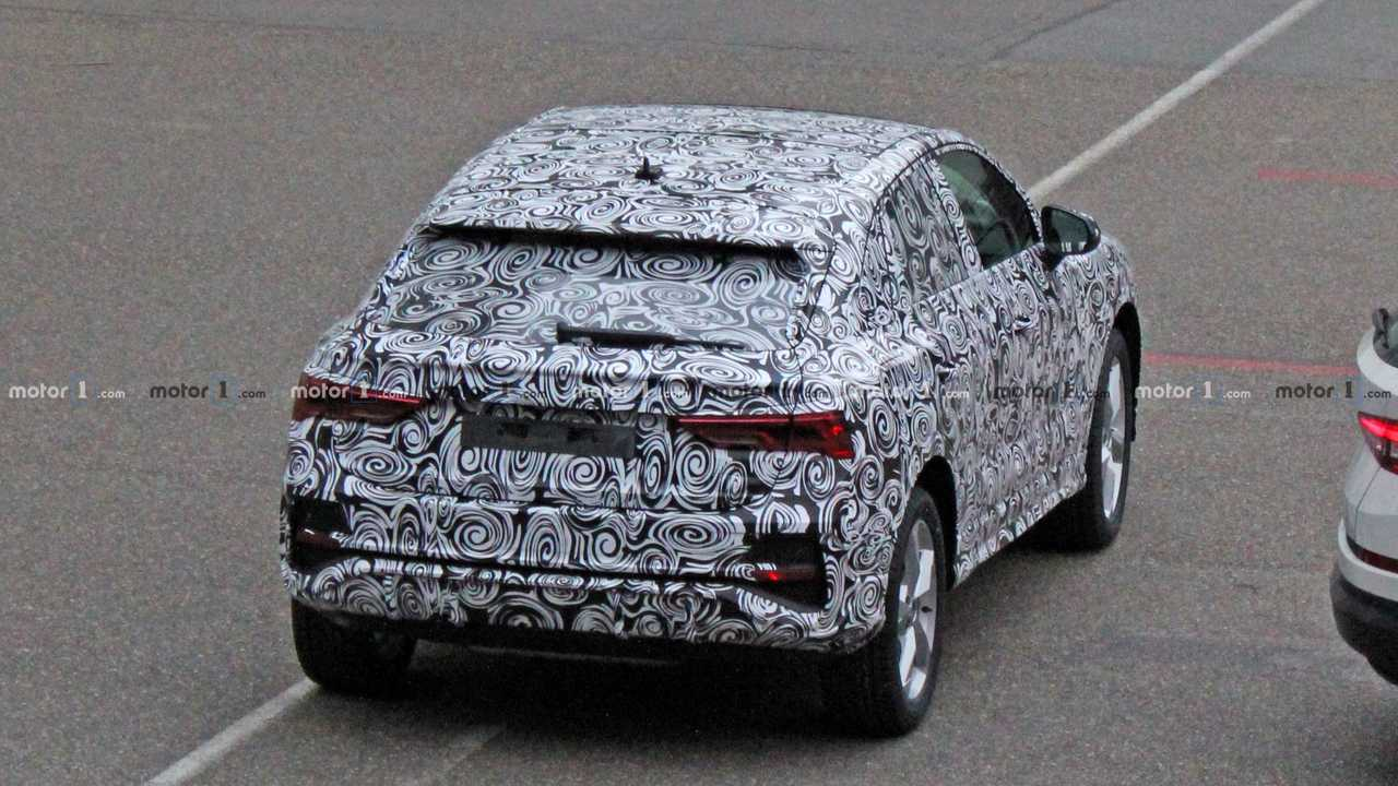 2020 Audi Q4 kém fotó