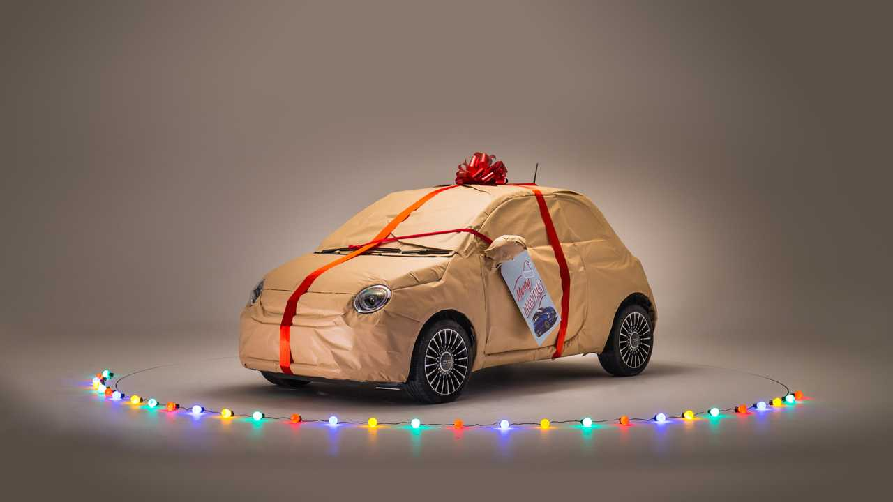 Fiat saves Christmas