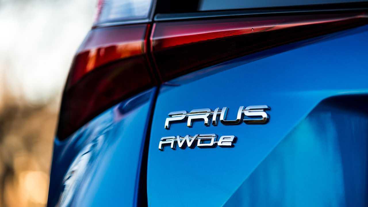 2019 Toyota Prius Awd E