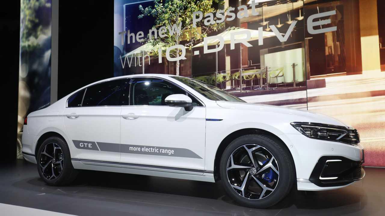 New Volkswagen Passat GTE