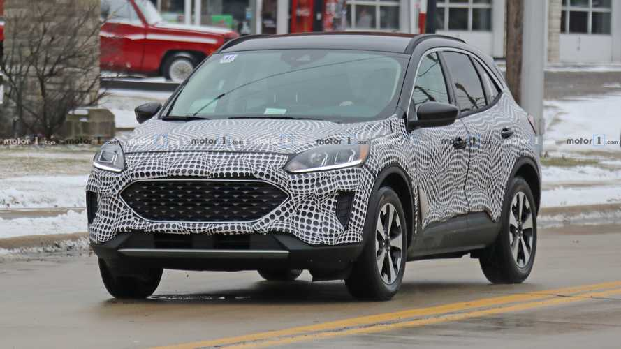 "Flagra: Ford Escape 2020 deixa ""escapar"" interior inspirado no Focus"