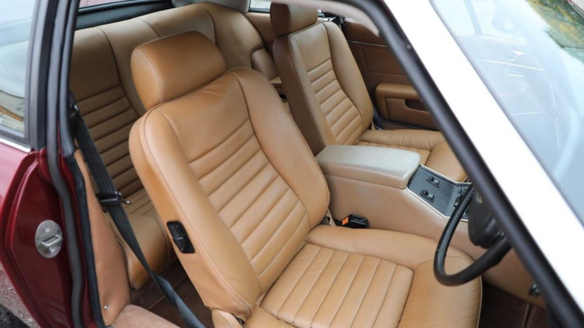 "[""1979 Jaguar XJ-S V12""]"