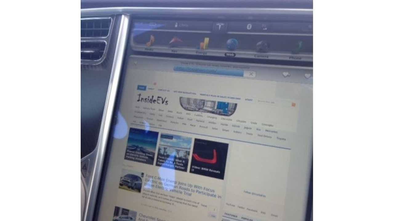 Tesla Model S Owners Browse The Internet Most Often During Rush Hour Commutes / Work Hours