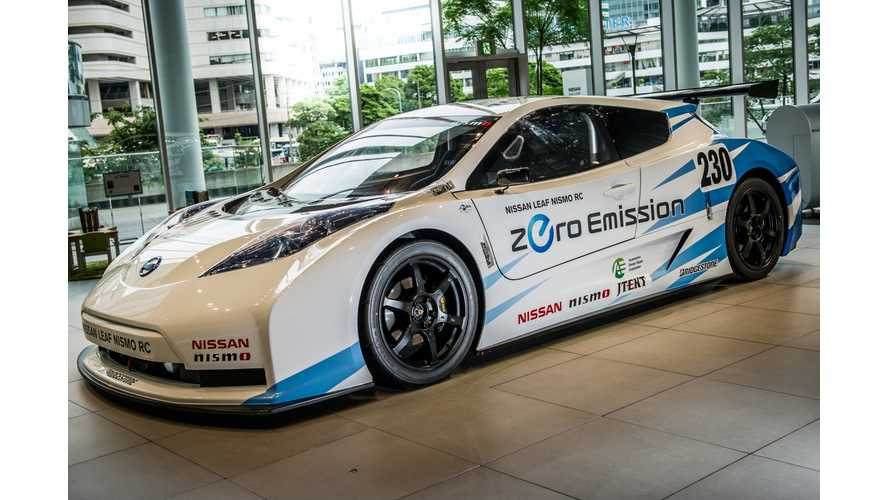 Video: Nissan LEAF Nismo RC Hot Laps