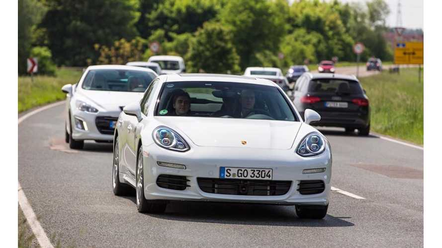 2014 Porsche Panamera S E-Hybrid Returns 53.45 MPG in Initial Test Drives