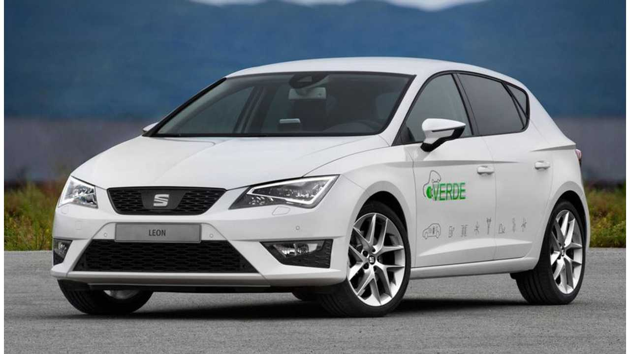SEAT Unveils Prototype Plug-In Hybrid Leon Verde With 31 Miles of Electric-Only Range